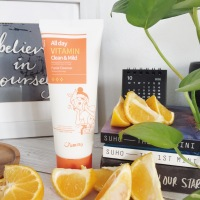 Review: Jumiso All Day Vitamin Clean & Mild Facial Cleanser- A great option to add Vitamin C in your Routine |Go Bloom and Glow